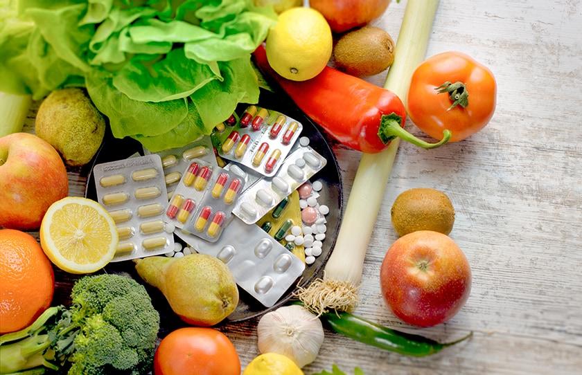 野菜と果物とサプリメント