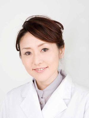 岩本麻奈医師