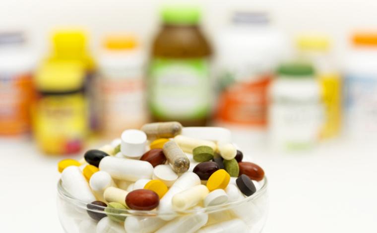 サプリメントと薬品